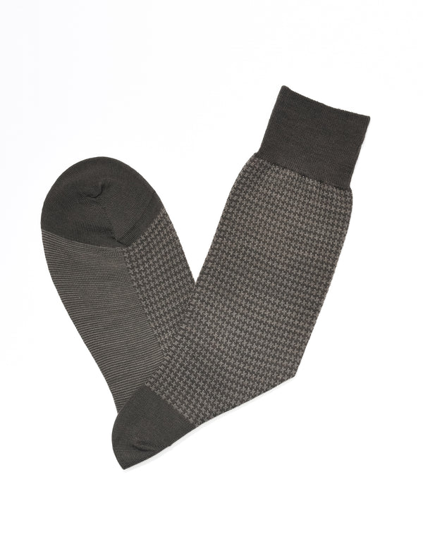 J. PRESS HOUNDSCHECK SOCKS - BROWN