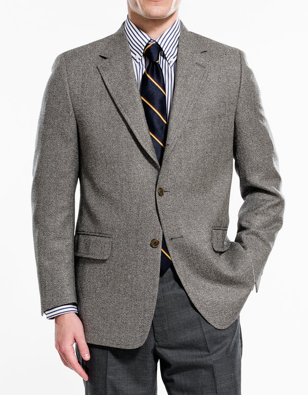 LIGHT GREY HERRINGBONE SPORT COAT - CLASSIC FIT
