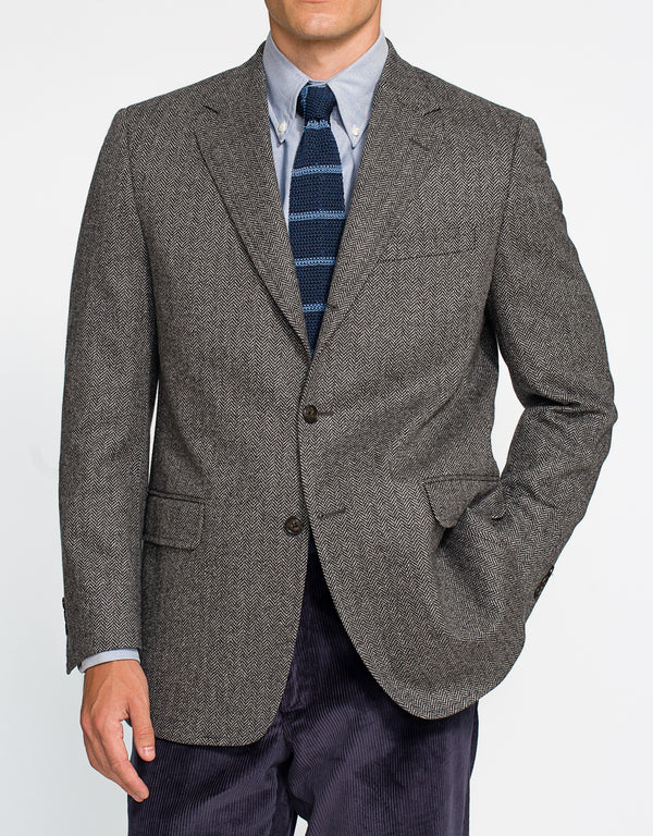 GREY HERRINGBONE SPORT COAT