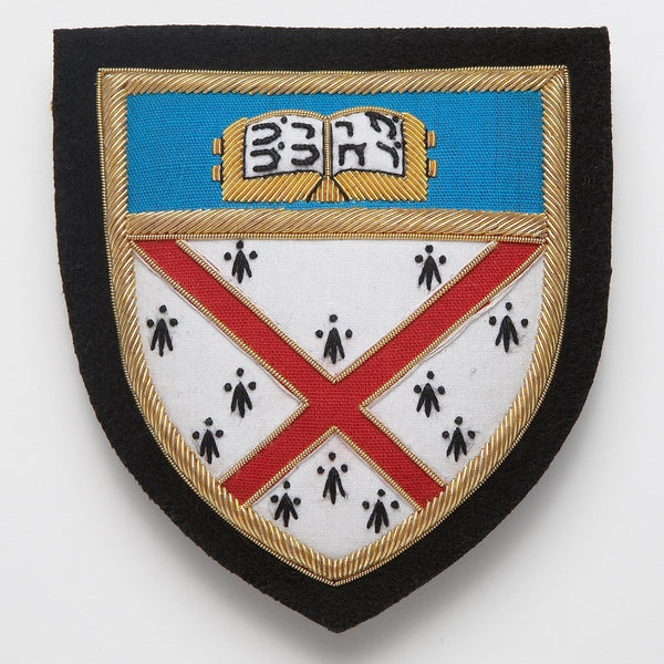 YALE COLLEGE BADGE