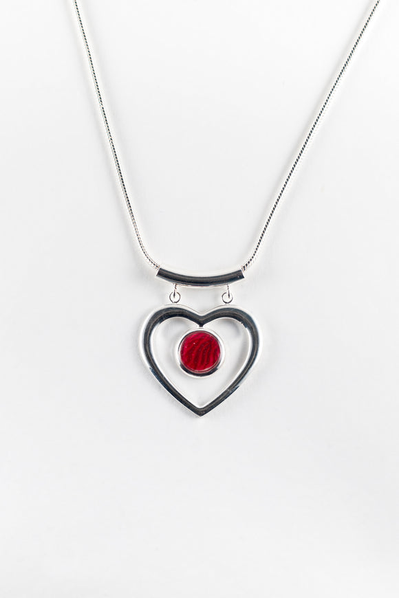 Stunning heart pendant, handpainted in bees wax and sealed in glass, silver plated, 10mm cabochon