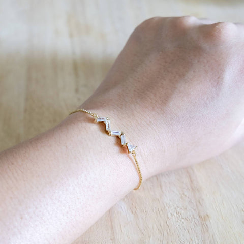 Effulgent Handmade Gold Bracelet #2 Zigzag stone (Mother's day 2020)