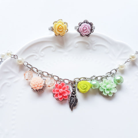 Life in Bloom Bracelet & Rings Set (4-10 working days)