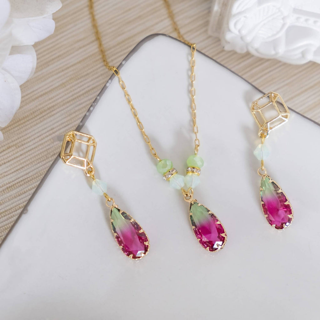 Dual Tone Fuchsia Green Glass Pendant Set (Necklace and Earring)(4-10 working days)