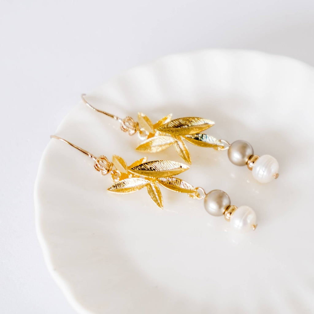 [Pure Gold Plated Series] Classy Pearl Leaf Earring  (4-10 working days)