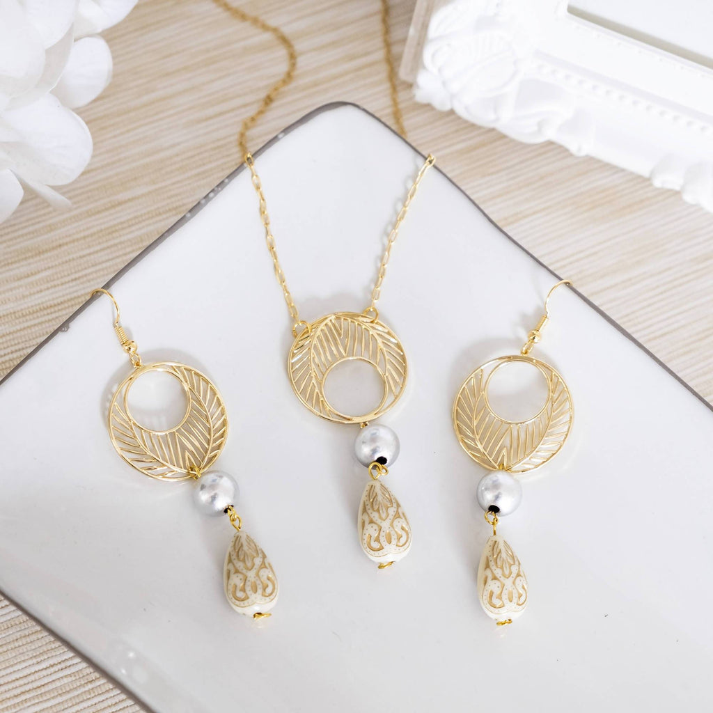 Beige Japanese Beads Jewelry Set (Necklace and Earring)