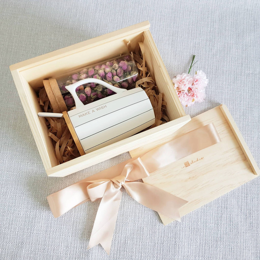 Flower Tea Pine Wood Gift Set 04 - French Rose (Nationwide Delivery)