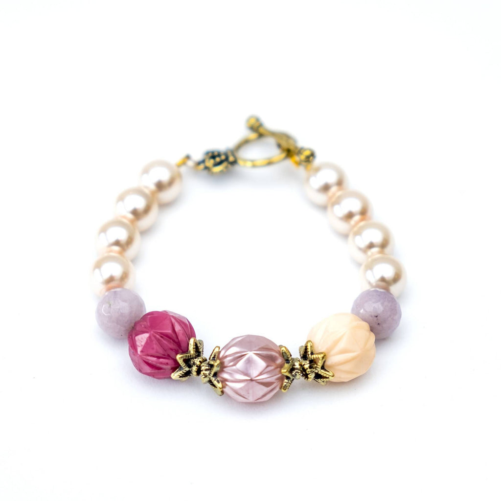 Pastel Pink Bracelet (4-10 working days)