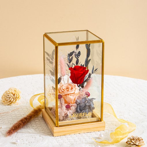 Le Jardin Preserved Flower in Glass Box