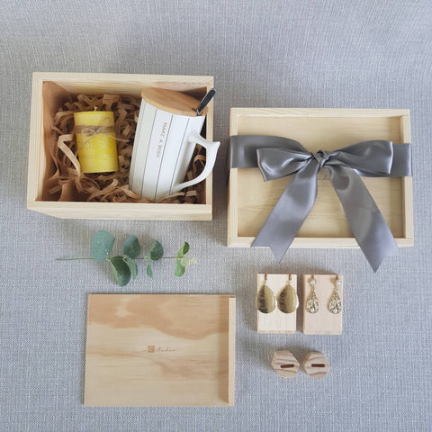 FM01 For Her Gift Box (Nationwide Delivery)