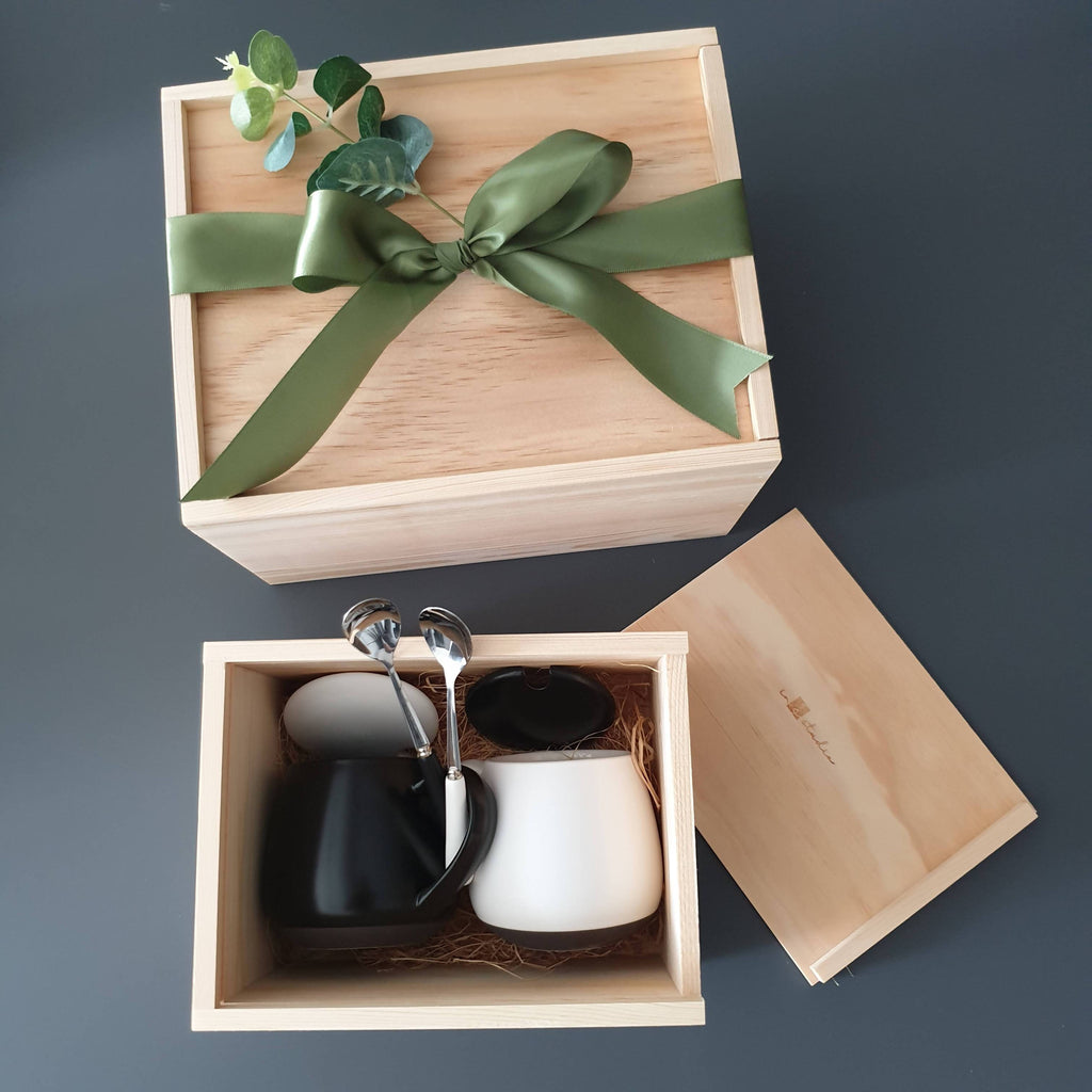 Couple Gift Set 04 (Nationwide Delivery)