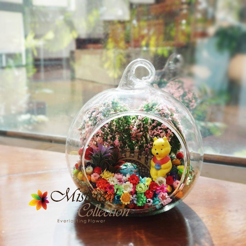 Winnie the Pooh in Glass