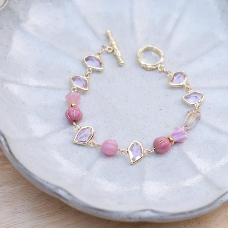 Dreamy Soft Pink Handmade Gold Bracelet #2 (4-10 working days)
