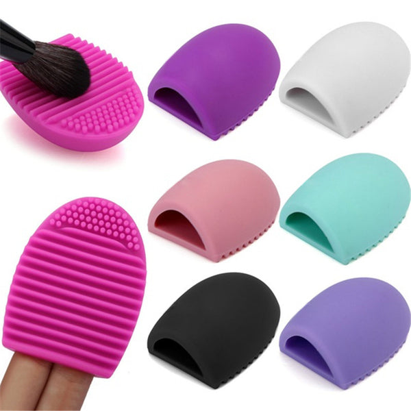 Cleaning Silicone Makeup Brush