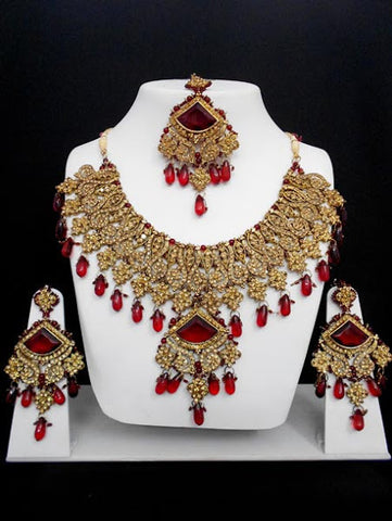 Gold Maroon Necklace Set