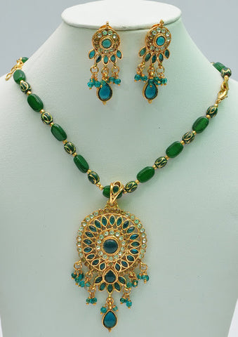 Tropical Green Necklace Set