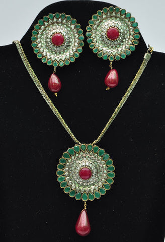 Green & Red Floral Necklace