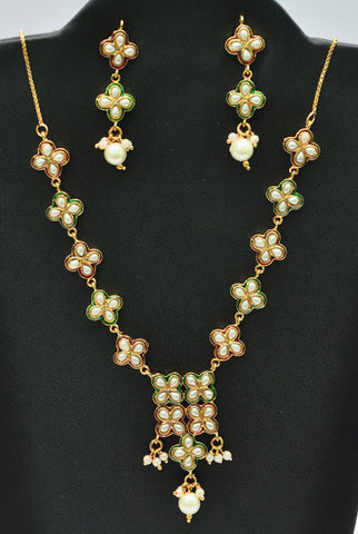 Pearls Gold Plated Simple Necklace Set with Matching Earrings Bollywood India Indian Jewelry
