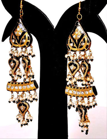 Casual Black & White Jhumki Earrings