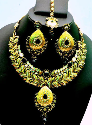 Floral Design Kundan Necklace Set