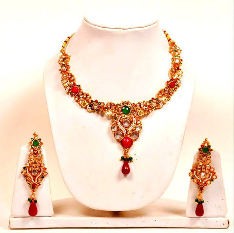 Ethnic Emeralds Necklace Set