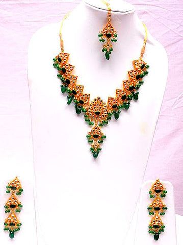 Green Emeralds Kundan Necklace Set