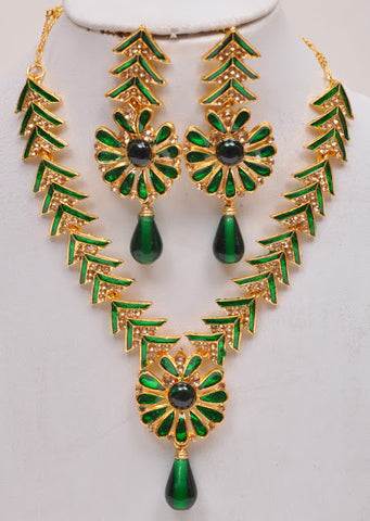 Green Tone Indian Necklace Set