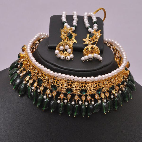Emarld Chocker Style Indian Necklace Set
