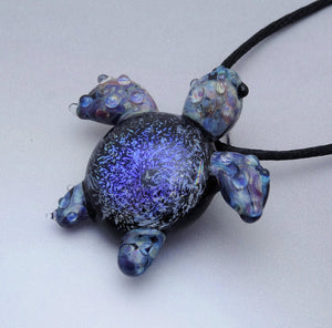 Blue Ocean Vortex Back Spotted Sea Turtle, Blown Glass Pendant, (T697G)