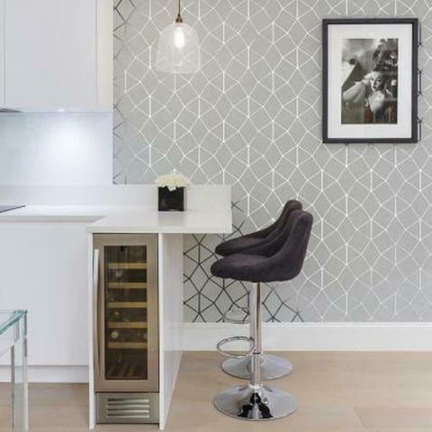 WM4248901 Geometric trellis gray white silver metallic Wallpaper