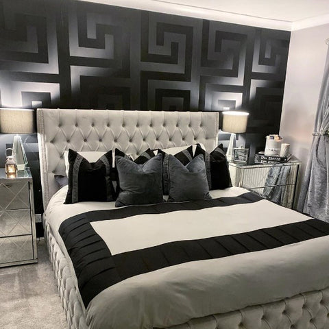 93523 4 Solea Black Satin Greek Key Wallpaper Wallcoveringsmart