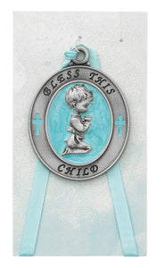 BLUE PEARL PRAYING BOY CRIB MEDAL