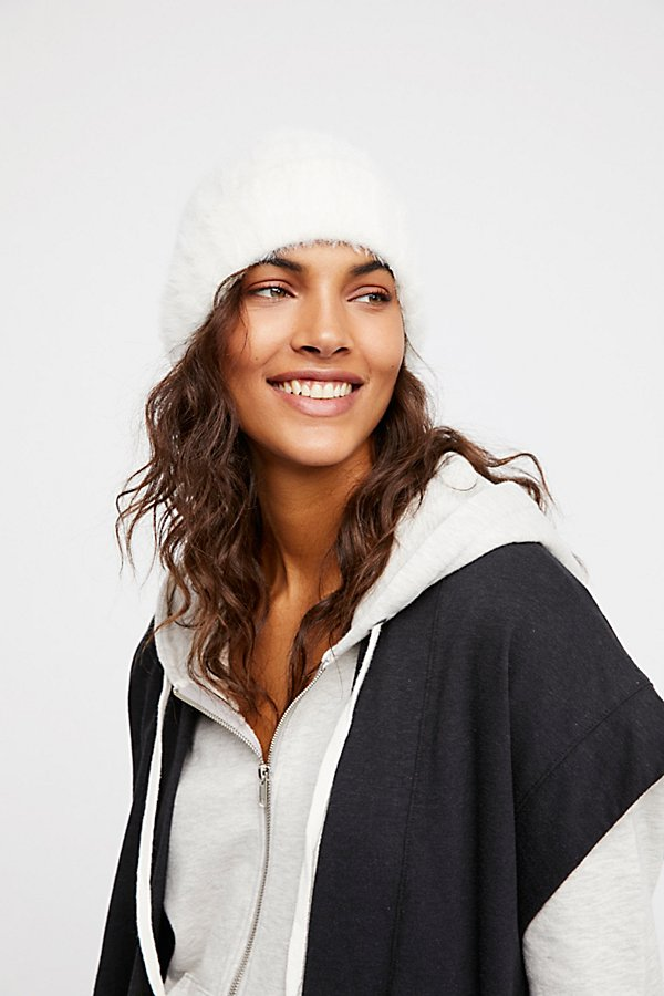 Head In The Clouds Fuzzy Beanie - Simple & Feminine