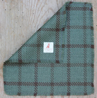 Hunter Pocket Square - Onward Reserve