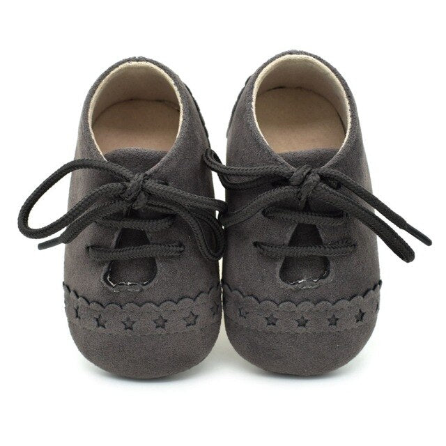 LACE BABY MOCCASINS