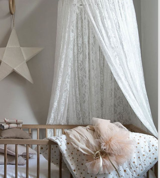 LACE CANOPY PRINCESS ROOM
