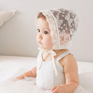 LACE BABY GIRL HAT