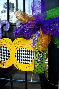 Mardi Gras Mask Wreath |  Mardi Gras Door Hanger | Mardi Gras Decorations | Mardi Gras Party Decorations