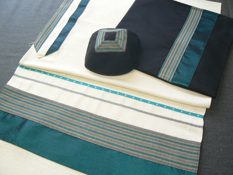 Copy of Men's Classic Wool Tallit by Eretz Judaica