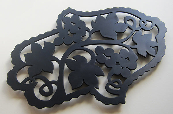 TRIVET- Hamsa Leaves Black by Melanie