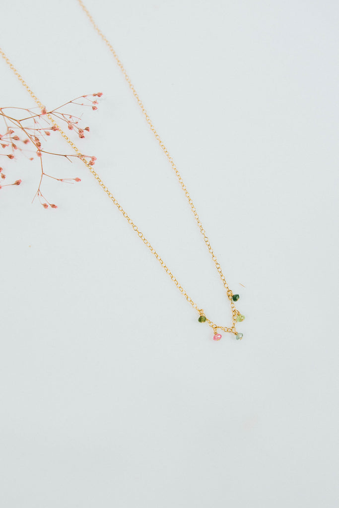 Sweet Pea Mid Necklace