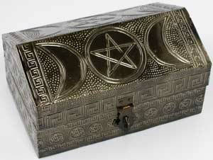 Pentagram tarot altar chest~