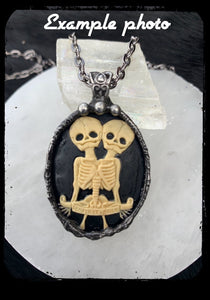 Made to order Siamese dream~resin simease twin skeleton Tiffany technique necklace~