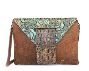 Western Handbag, both a Clutch & a crossbody - The Owl Creek Pass IV front view