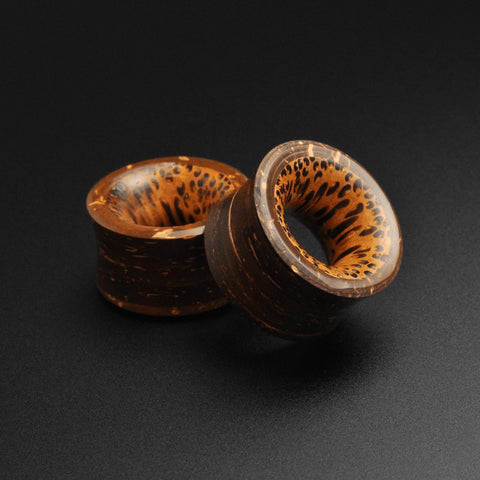 Coconut Shell Double Flare Tunnel With Coconut Wood Inlay