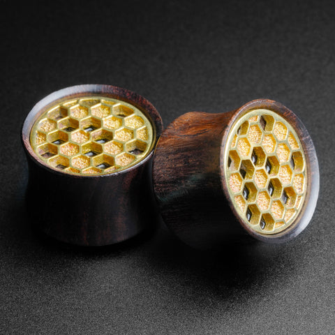 Sono Wood Double Flare Plug With Brass Honeycomb Inlay