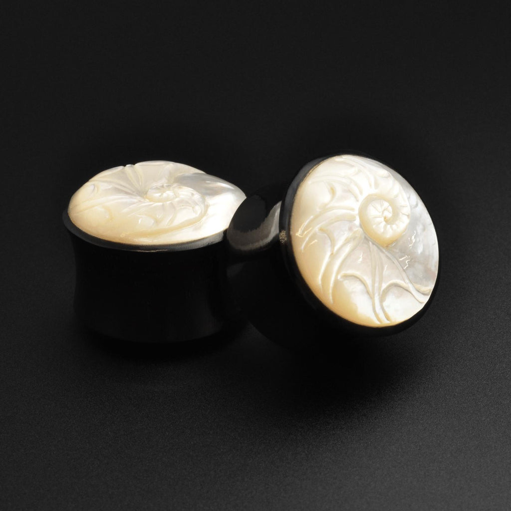 Horn Double Flare Plug With Ammonite MOP Carving Inlay