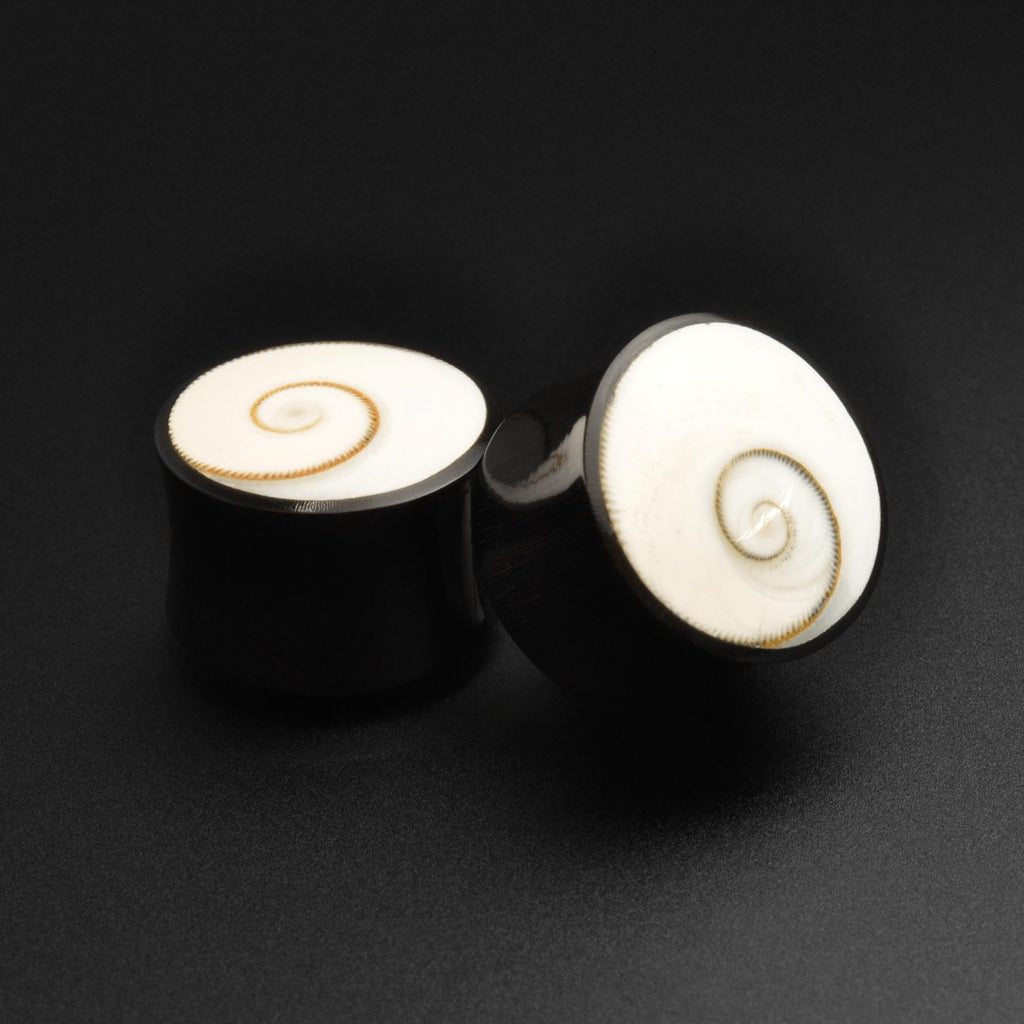 Horn Double Flare Plug With Shiva Eye Inlay
