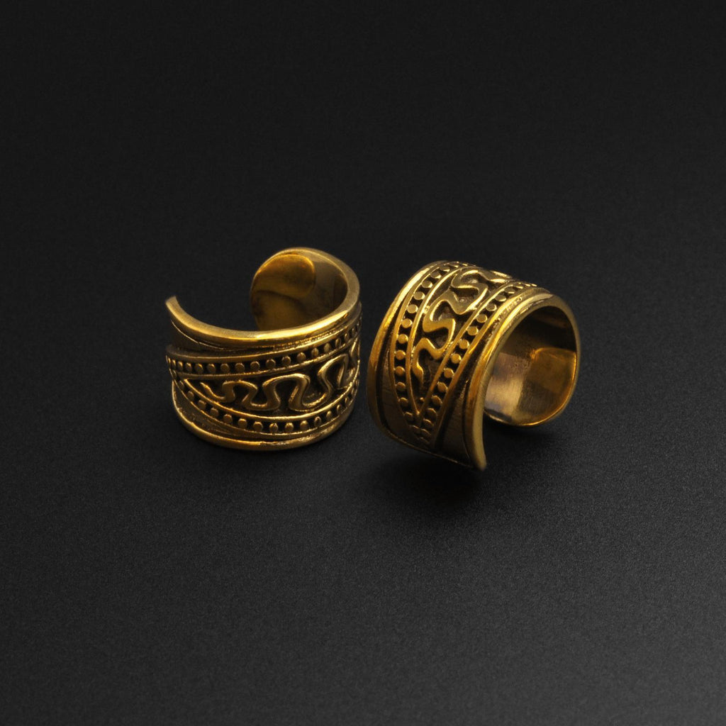 Snake Pattern Brass Ear Cuff