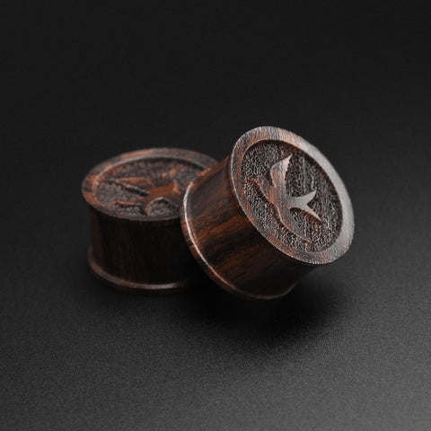 Sono Wood Double Flare Plug With Laser Engraved Swallow